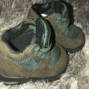 Nike Shoes - Infant Nike ACG boots